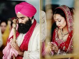 outdoor sikh wedding ceremony via indianweddingsite