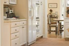 Attractive Modern Maple Or Light Wood Kitchen Cabinets Can Be Painted Antique White To  Change The Over