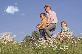 Résultats de recherche d'images pour «Encourager nos retraités, pratiquer le velo, (ainés & Centenaires)»