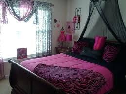 Pink Zebra Bedroom Ideas Idea Modeled After My Friends Bedroom Black White  And Pink Zebra Theme