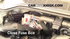 blown fuse check 2004 2015 nissan titan 2006 nissan titan se 5 6 6 replace cover secure the cover and test component