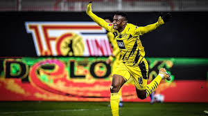 But overall, he is one of five players from the bundesliga. Bvb Youngster Moukoko Reagiert Auf Tor Premiere Gegen Union Berlin Gefuhl Ist Unbeschreiblich Sportbuzzer De