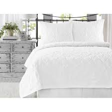 white quilt king. Wonderful Quilt Wavy S Ruffled Cotton 3Piece King Size White Quilt Set Handcrafted Quilted  Bedspreads For