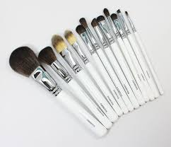 obsessive pulsive cosmetics brushes