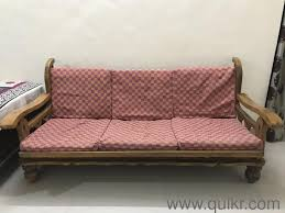 good condition wooden sofa set for