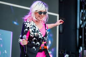 Debbie Harry Charts First Alternative Songs Hit Since 1990