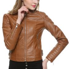 get a blonde look wearing brown leather jacket for women
