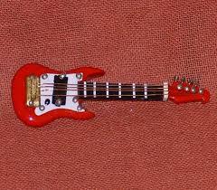 Deko Musikinstrument Miniatur Ebass Gitarre Rot 6cm