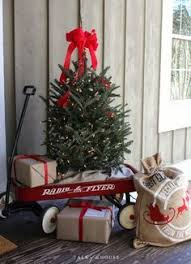 177 best Outdoor Christmas Decorations images on Pinterest | La la la, Swag  and Christmas 2016