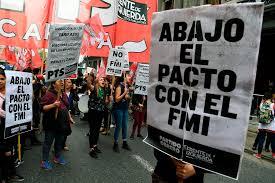 Resultado de imagen para argentina desequilibrio financiero