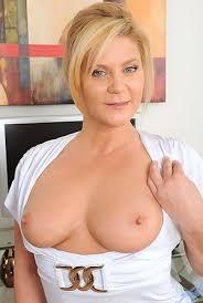 Sexy Hot Milfs Porn Nude Mature Moms Free Milf Sex Pics