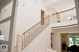 Die holztreppe habe ich sehr einfach aber trotzdem stabil konstruiert. Treppe Gelander Stufen Treppenbauer Holz Design In Dreieich
