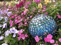 Diy Garden Projects Ideas For Spectacular Diy Garden Balls Garden Lovers Club