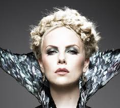 Charlize Theron Short Hair Style charlize therons hairstyles in snow white and the huntsman 8001 by wearticles.com