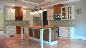 ... Exquisite Craftsman Style Molding For Your Interior Decoration :  Delightful L Shape Kitchen Decoration Using White ...