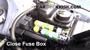 replace a fuse 1990 1997 ford thunderbird 1997 ford thunderbird 6 replace cover secure the cover and test component
