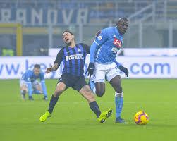 Calcio mercato Napoli: scambio Politano-Llorente, resta in ...