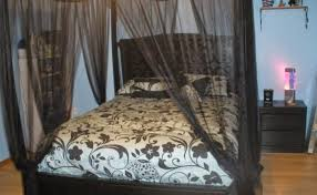 14 Cool Diy Canopy Bed Frame - Gabe & Jenny Homes