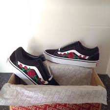 vans shoes with roses. custom embroidered rose vans, any sizes,new uk 100% genuine vans shoes with roses