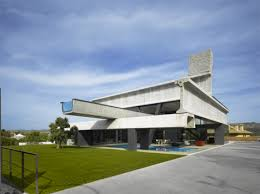 Cantilevered Hemeroscopium House 2