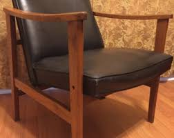 retro wood furniture. midcentury modern chair vinyl arm wood mcm 1960s 60s retro furniture