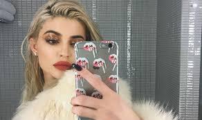 kylie jenner makeup tutorial step by step guide to mimic kylie s y makeup look