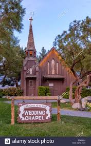 getting married in memphis tn graceland wedding chapel las vegas nv elvis presley wedding
