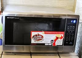sharp carousel countertop microwave oven with orville redenbacher s popcorn preset review