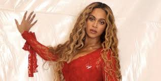 it s fair to say beyoncé s skin is goals in a recently released interview with her a list makeup artist sir john he revealed he regularly uses a technique