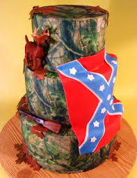 Unique Cake Ceremonial with Camo Wedding Cake \u2014 CRIOLLA Brithday ...
