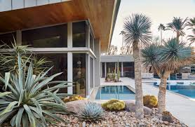 Palm Springs Garden Design Low Water Landscapes 8 Ideas For Dry Gardens From Designer