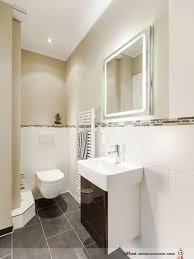 Platz Mosaik Im Badezimmer Modern Inspiration Badezimmerschrank