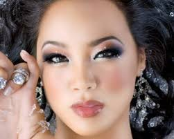 the bold eye is a very beautiful design for young asian women if you can apply it the right way you will look like a plete celebrity