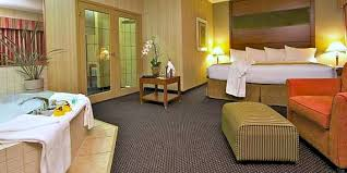 pictures of san antonio hotels with jacuzzi tubs in room