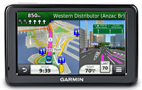 garmin offers free lifetime maps just not your life  gadget