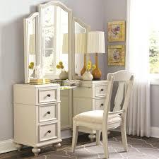 Antique White Bedroom Vanity – artas t