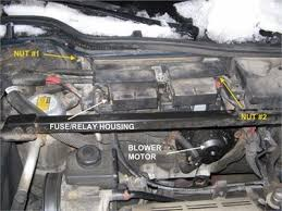 fuse box on buick lesabre 2001 wiring diagram buick lesabre questions are there more than 1 fuse boxes on a 1994are there more than
