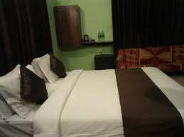 4-BR villa in Lonavala, by GuestHouser - Lonoavale - book your hotel with  ViaMichelin
