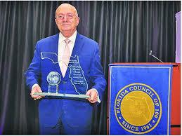 Dr. Eduardo Padrón receives the 2020 outstanding Floridian Award | Miami's  Community News