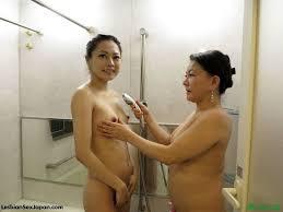Asian mother daughter lesbian sex