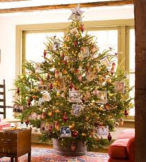 When Should I Put My Christmas Tree Up In Ireland  Irish Mirror What Day Do You Take Your Christmas Tree Down On