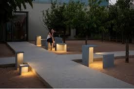 Outdoor Lighting Architectural Lighting Magazine - Exterior bollard lighting