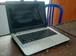 Laptop ini menawarkan penampilan yang menarik dan dimensi yang terbilang tipis di kelasnya. Laptop Second Asus X441s Pusat Laptop Bekas Malang Jual Beli