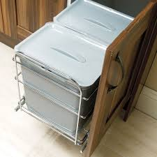 IT Kitchens 600mm Integrated Pull-Out Kitchen Bins, 78L | Departments | DIY  at B&Q.