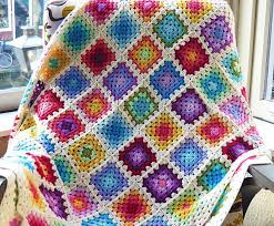 Rainbow Granny Square Blanket | Square blanket, Granny squares and ... & How many colors are used in this Rainbow Granny Square Blanket? 5? 10? Adamdwight.com