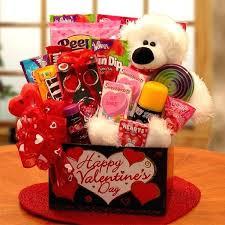 valentine basket ideas be my love diy valentine gift basket ideas