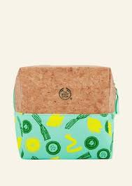 <b>Gift Bags</b> & Boxes | The Body Shop®