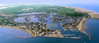 gard le grau du roi port camargue