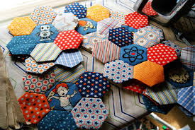 Rocket Age Quilt – That Crafty Cara & I need to make twelve of these little hexagon blossoms, and so far I've  made…nine, I think. (Writing this post during recess, there's no time for  details!) Adamdwight.com