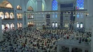 Çamlıca Cami'nde bayram namazı coşkusu - BakPara